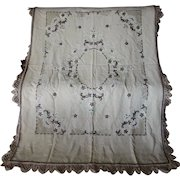 Elegant 19thC Antique Lace & Wool Embroidered Tablecloth