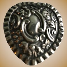 English Victorian Sterling Heart Repousse' Pill Box
