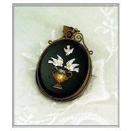 Good Antique Micro Mosaic Pendant: Doves!