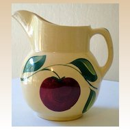 Vintage Watt 3 Leaves Apple Design Pitcher  No. 16 USA