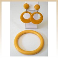 1930's Butterscotch BAKELITE Set Bracelet and Earrings