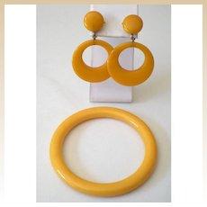 1930's Butterscotch BAKELITE Set Bracelet and Earrings