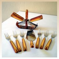Vintage (14) Piece Two Tone BAKELITE Desert & Knifes Set