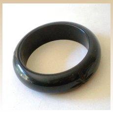 Chunky Carved BAKELITE Bracelet Deep Navy Blue