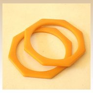 PAIR Matched Octagon Bakelite Bracelets Butterscotch