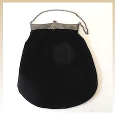 Lovely Victorian Black Velvet Hand Bag Purse