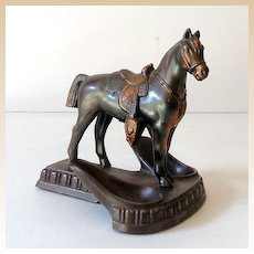 Nice Metal Horse Double Holder Pipe Stand