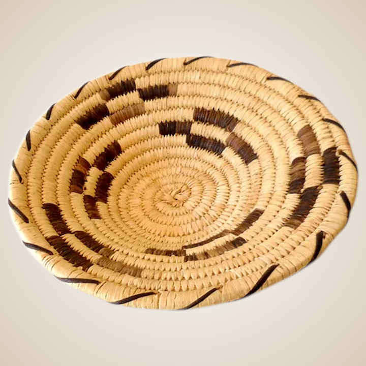Marvelous Vintage Hand Woven Papago Indian Basket Beutiful Home Inspiration Ommitmahrainfo