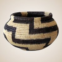 Vintage Hand Woven Basket Panama Indian Wounaan Tribe