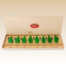 Vintage Bakelite Kob Knobs Corn Holders in Original Box