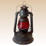 Vintage Dietz Little Wizard Barn Lantern Red Globe