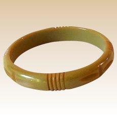 Vintage Carved Bakeleite Bracelet Avocado Green