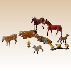 (9) Vintage Miniature Lead Toys Farm Animals
