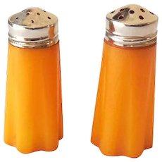 Pair Vintage 1930s Bakelite Salt & Pepper Shakers