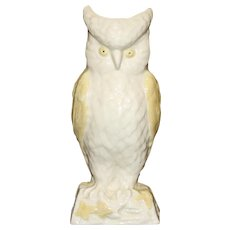 Vintage Belleek 8 Inch Owl Vase, Fifth Mark in Green, 1955-1965