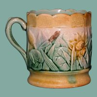"Antique American Griffen, Smtih & Hill Etruscan Majolica Mug, ""Water Lily"""