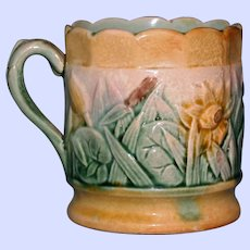 """Antique American Griffen, Smtih & Hill Etruscan Majolica Mug, """"Water Lily"""""""