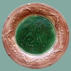 """Antique Griffen, Smith, & Hill Etruscan Majolica Plate with Dog, 9"""""""