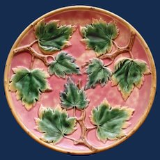 Antique American Griffen, Smith, & Hill Etruscan Majolica Plate, Maple Leaf 9.25 Inches