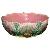 "Large Etruscan shell & Seaweed Majolica 8.25"" Bowl, Griffen Smith and Hill"