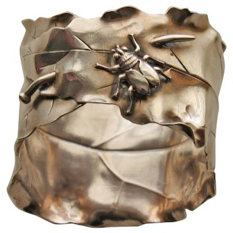 Shiebler Sterling Napkin Ring w Pinned Leaf and Insect - Wonderful