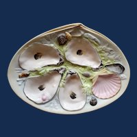 Antique American Union Porcelain Works (UPW) Oyster Plate, Pale Green, Small Clam