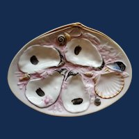 Antique American Union Porcelain Works (UPW) Clam Shaped Oyster Plate