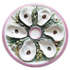Antique Union Porcelain Works (UPW) Round Oyster Plate