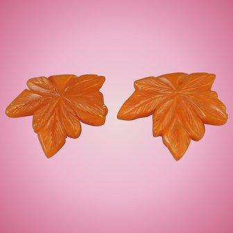2 Matiching ART DECO Era Carved Butterscotch Bakelite Leaf Dress Fur Clips