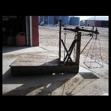 DECIMALVAEGT hand wrought iron wood 500 H platform beam scale