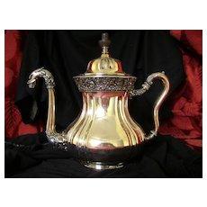 Meriden Griffith  Head Quadruple Plate Tea Pot
