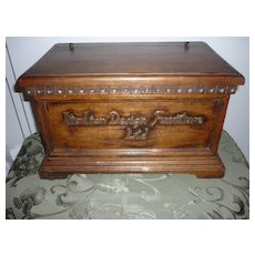 Italian Design Furniture Ltd. Sample Wooden Chest