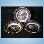 Set of 3 Johnson Brothers Blue Willow Fruit Bowls