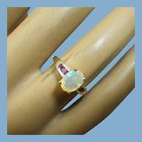 10k Gold, Plum Garnets & Opal Ladies Ring, Hallmarked