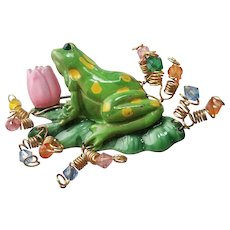 Frog on Lily Pad Brooch