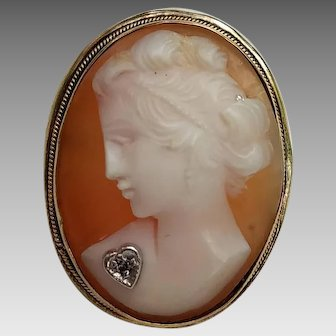 Vintage Shell Cameo Habille in Gold over Continental (800) Silver
