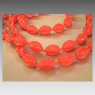 Extra-Long Lucite Beaded Necklace – Tomato Red