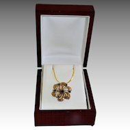 Vintage Victorian Style Floral Pinwheel Gold Tone Necklace