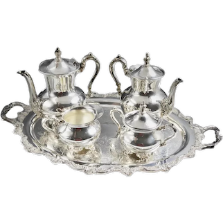 Vintage Towle Silversmiths  Victorian Rose 5-Piece Tea Set / Tray Silverplated