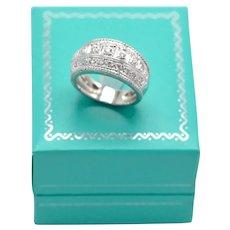 18K White Gold .40 Ct Diamond Anniversary Ring 9 grams