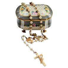 St Theresa Roses Rosary / Case Catholic Pearl Gold Plate Limoges Box