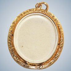 15 CT Chased Double Sided Glass Locket