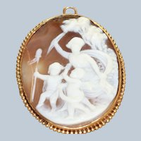 Vintage 14K Shell Cameo Scene in Original Box