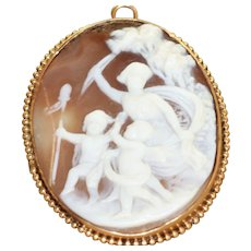 Vintage 14 K Shell Cameo Scene in Original Box