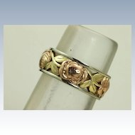 14K Jabel Tri-Colored Roses and Leaf Detailed Band