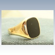 Estate 1948 14 K Onyx Gentleman's Ring
