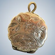 10 K Early 20th Century Floral Engraved Locket