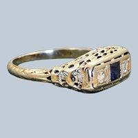 Estate 18 KW Sapphire and Diamond Filigree Ring