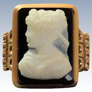 Vintage 14 K Hard Stone Rose Gold Cameo Ring