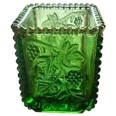 Eapg, U.S. Glass California, Beaded grape pattern, green toothpick